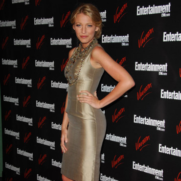 Fesse de stars musclées Blake Lively Entertainment Weekly and Vavoom party mai 2008