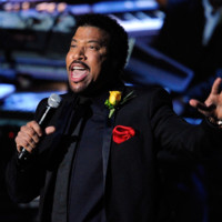 Photo : Lionel Richie rend hommage à Michael Jackson