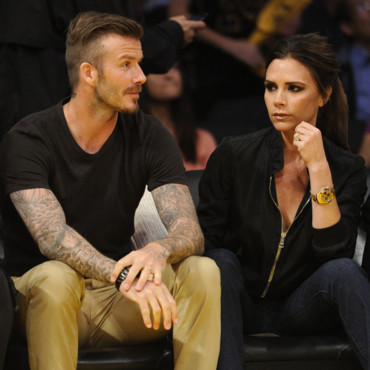 David Beckham et Victoria Beckham queue de cheval coque crâne rasé match NBA Los Angeles 1er mai 2012