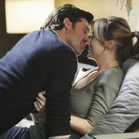 Meredith Grey et Derreck Sheperd, personnages de Grey&#039;s Anatomy
