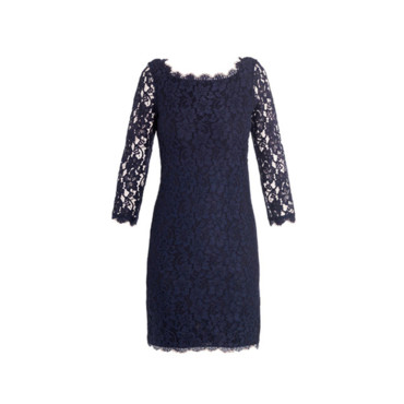La robe à dentelle Diane Von Furstenberg 365 euros sur Matches Fashion