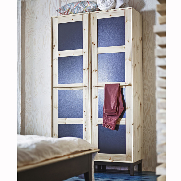 ikea norn s une collection capsule 100 made in sweden ikea norn s zoom armoire chambre. Black Bedroom Furniture Sets. Home Design Ideas