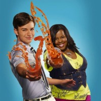 "Chris Colfer (Kurt) et Amber Riley (Mercedes) dans ""Glee"""