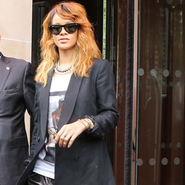 Rihanna adopte un look casual chic à Paris