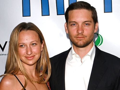 Tobey Maguire couple