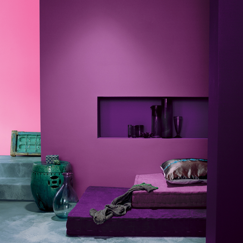 peinture les 50 couleurs vives la mode en 2012 un. Black Bedroom Furniture Sets. Home Design Ideas