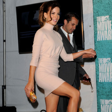 Fesses de stars musclées Kate Beckinsale MTV Movie Awards juin 2012