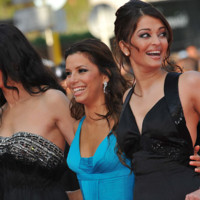 Photo : Rachida Brakni, Eva Longoria et Aishwarya Rai sur la tapis rouge de Cannes