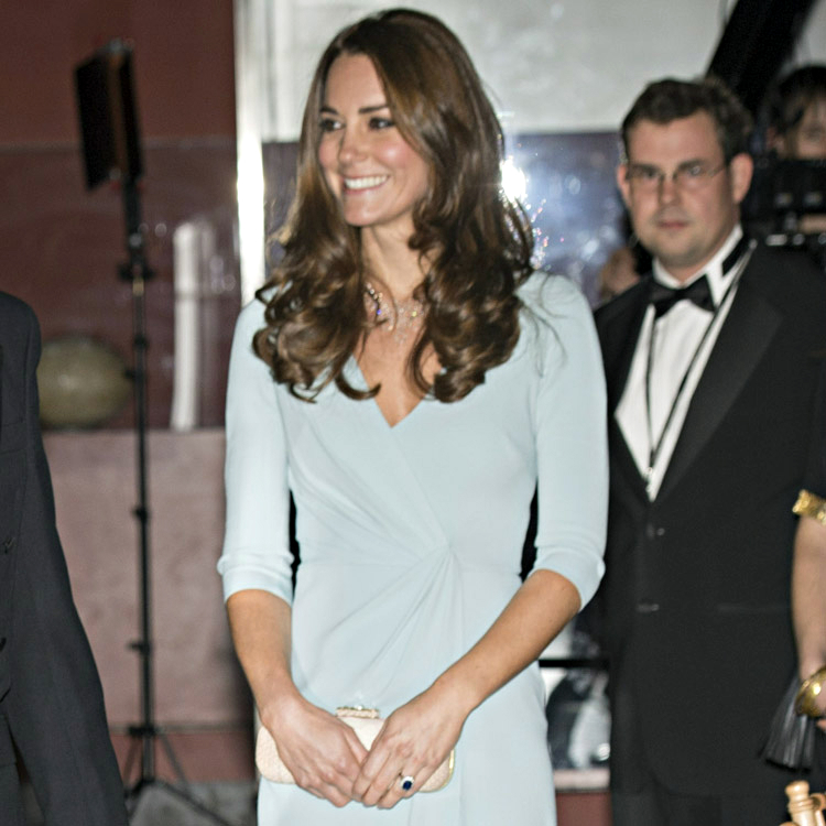 Kate middleton a compos sa garde robe aid e d 39 une styliste mode plur - Composer son dressing ...