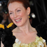 Photo : Julianne Moore sur le tapis rouge de Cannes
