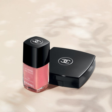 Maquillage Chanel été 2011 : vernis à ongles Morning rose