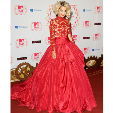 Rita Ora en Marchesa au MTV Music Europe Awards 2012 en Allemagne