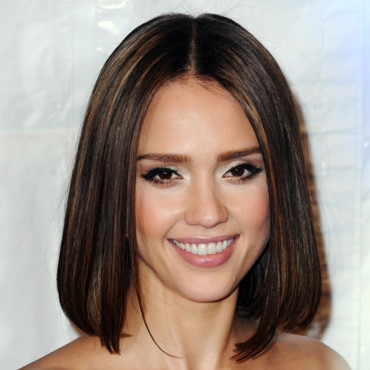 Jessica Alba et sa coupe au carré hot