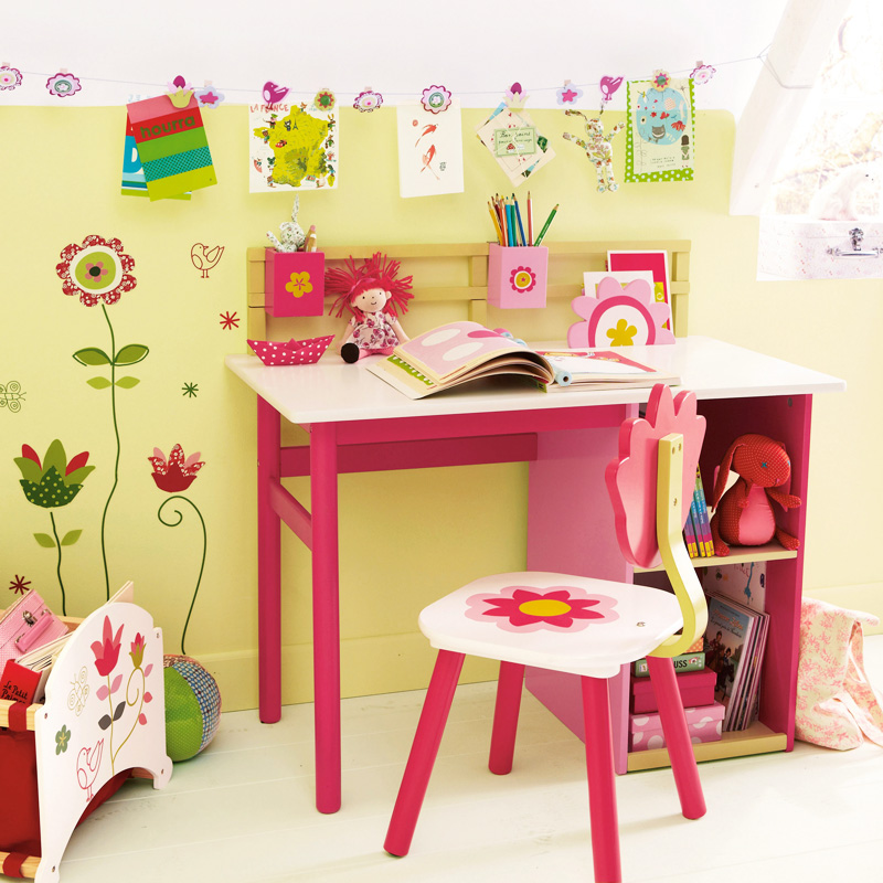 chambre d 39 enfant 20 bureaux trop mimi pour petites filles bureau fleurs vertbaudet d co. Black Bedroom Furniture Sets. Home Design Ideas