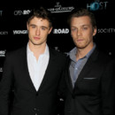 Max Irons et Jake Abel, les nouveaux Robert Pattinson et Taylor Lautner