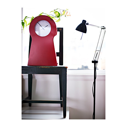 20 pendules hautement design pour se mettre l 39 heure d 39 t horloge rouge ikea ps 1995. Black Bedroom Furniture Sets. Home Design Ideas